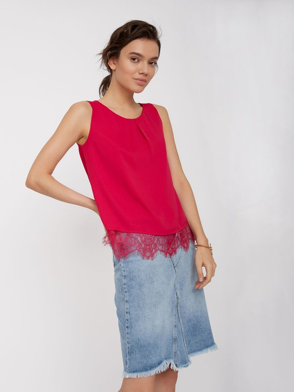 Блузка с кружевным низом цвет: малиновый