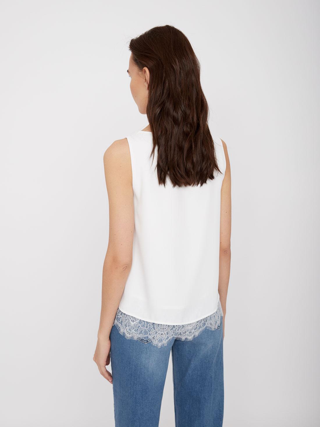 Блузка с подкладом и кружевным низом