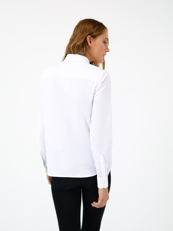 рубашка вид сзади