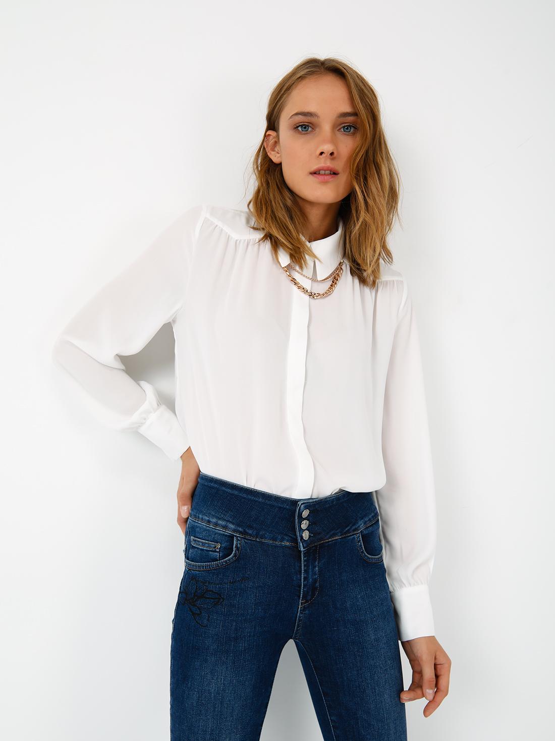Рубашка с аксессуаром