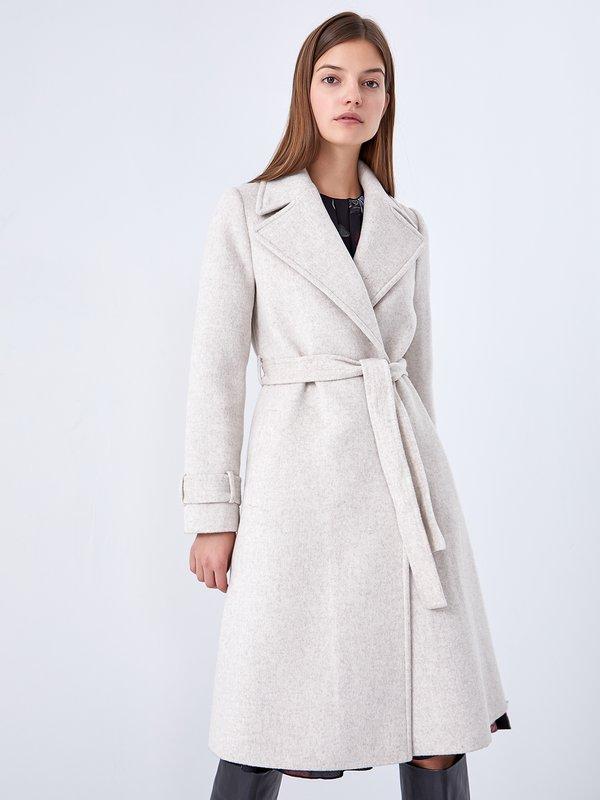 Пальто цвет: светло-бежевый