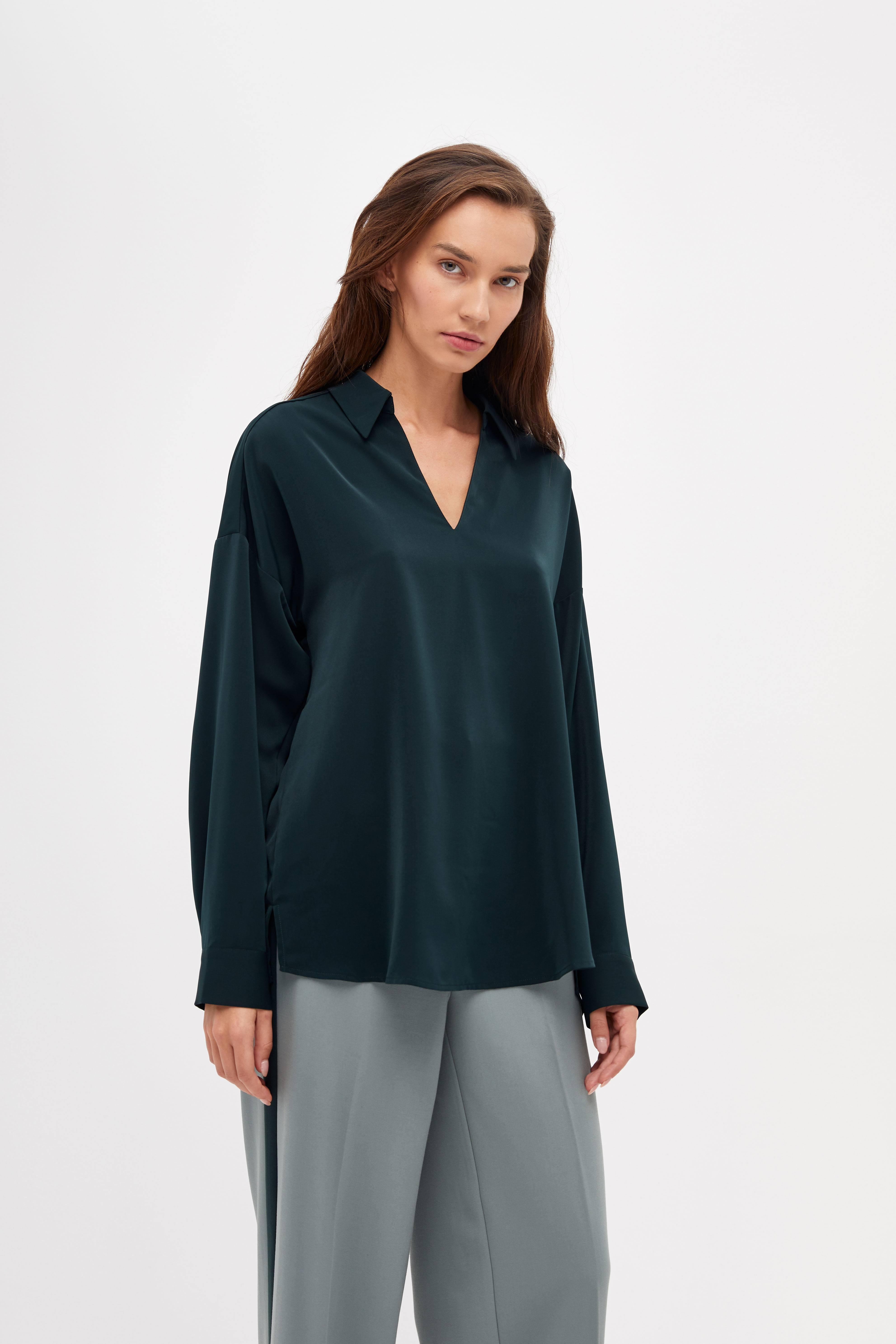 купить Блузка LIME Блузка с V-образным вырезом по цене 2599 рублей