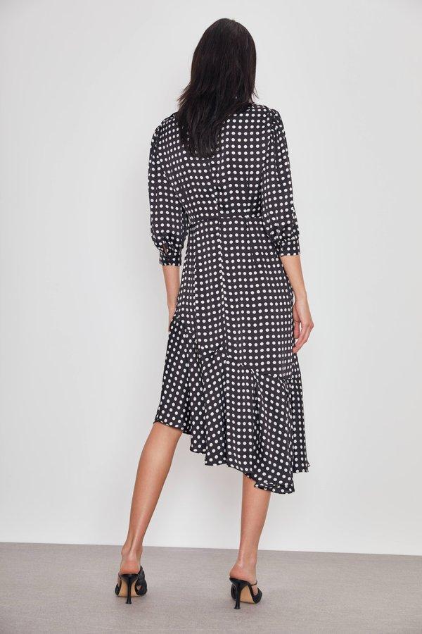 Асимметричное платье вид сзади