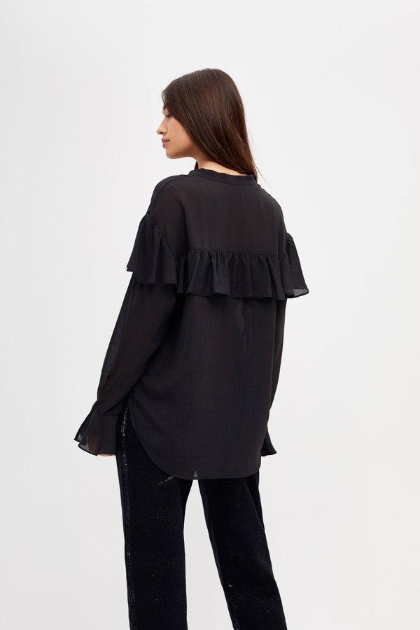Рубашка с воланами вид сзади