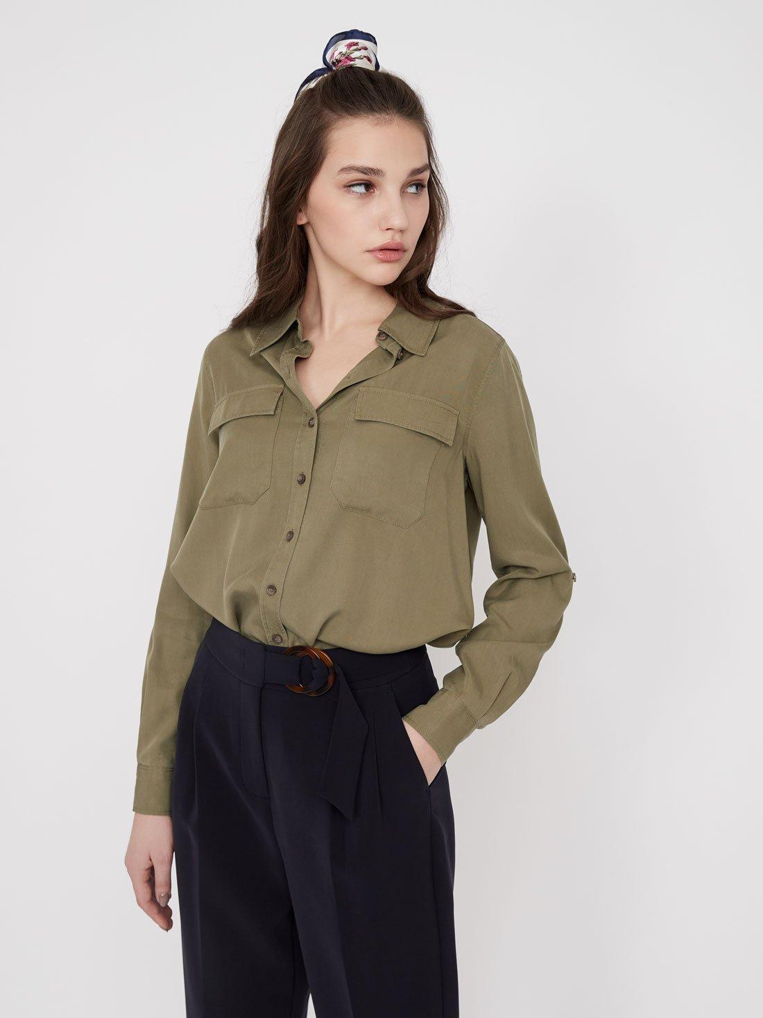 Рубашка из лиоцелла с карманами