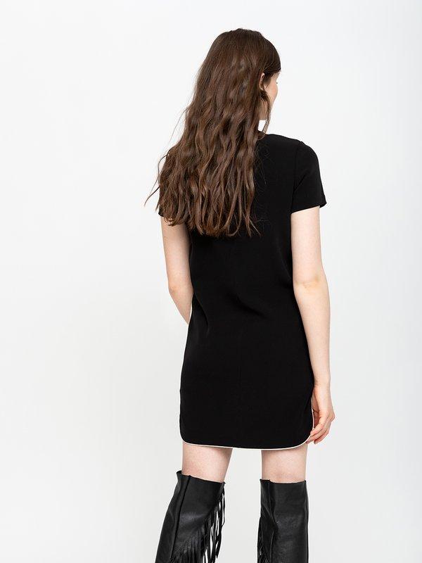 Платье с контрастными лампасами вид сзади