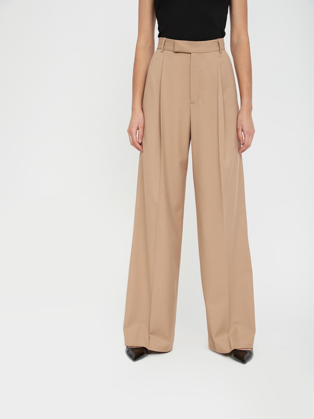 Широкие брюки со стрелкой