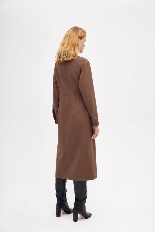 Платье  с асимметричной застежкой вид сзади