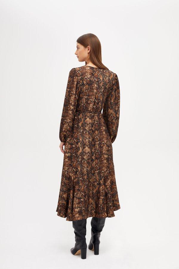 Платье с анималистичным принтом вид сзади