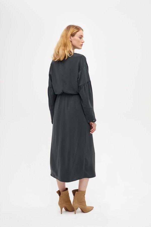 Платье с завязками вид сзади