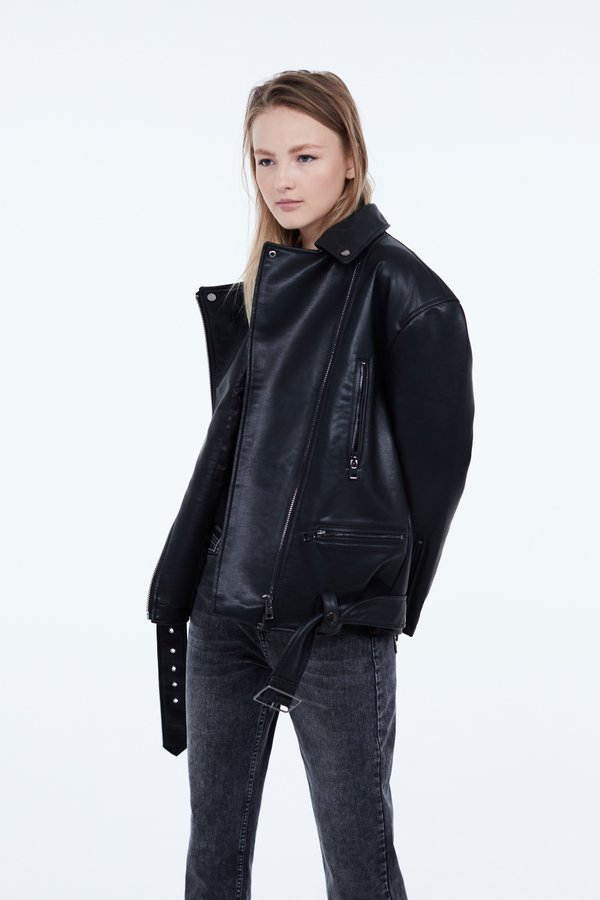 Куртка с металлическими молниями
