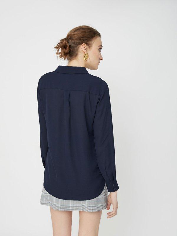 Рубашка с асимметричным низом вид сзади