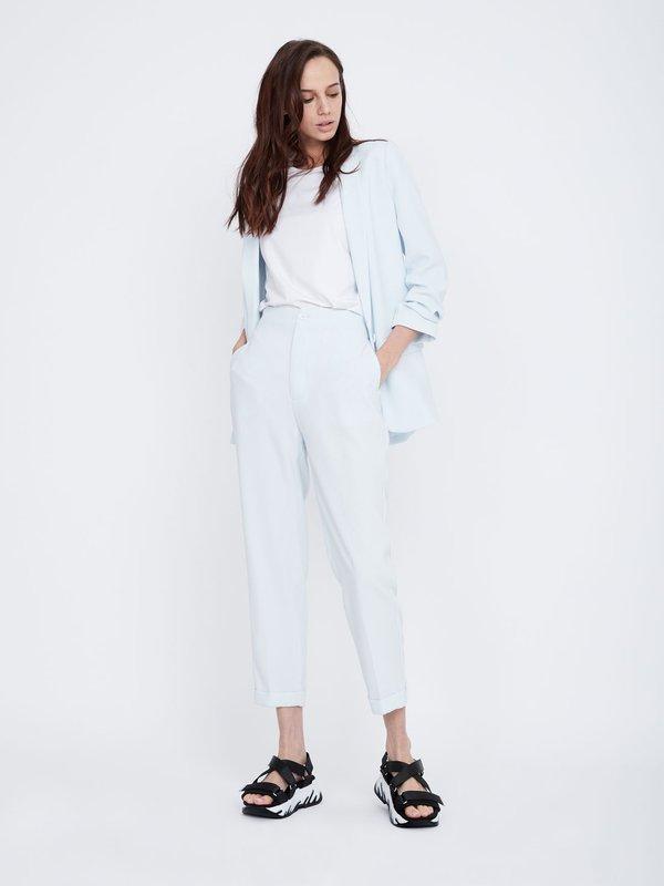 Классические брюки цвет: светло-голубой