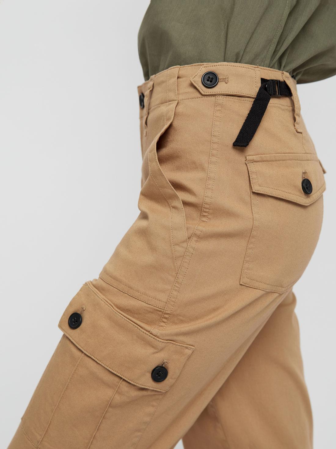 Брюки с накладными карманами и эластичными манжетами