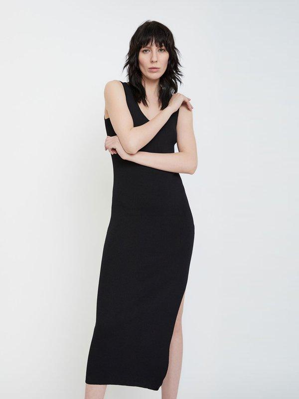 Платье с боковым разрезом цвет: черный