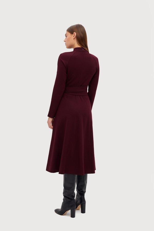 Платье Х-силуэта вид сзади