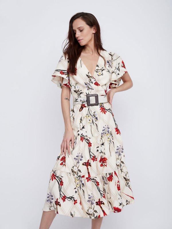 Платье Х-силуэта с поясом
