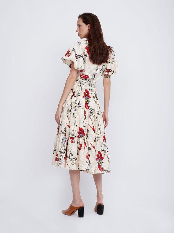 Платье Х-силуэта с поясом вид сзади
