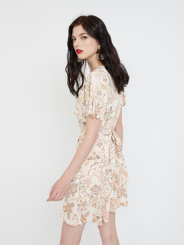 Платье из струящейся ткани вид сзади