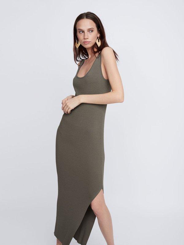 Платье с боковым разрезом цвет: хаки