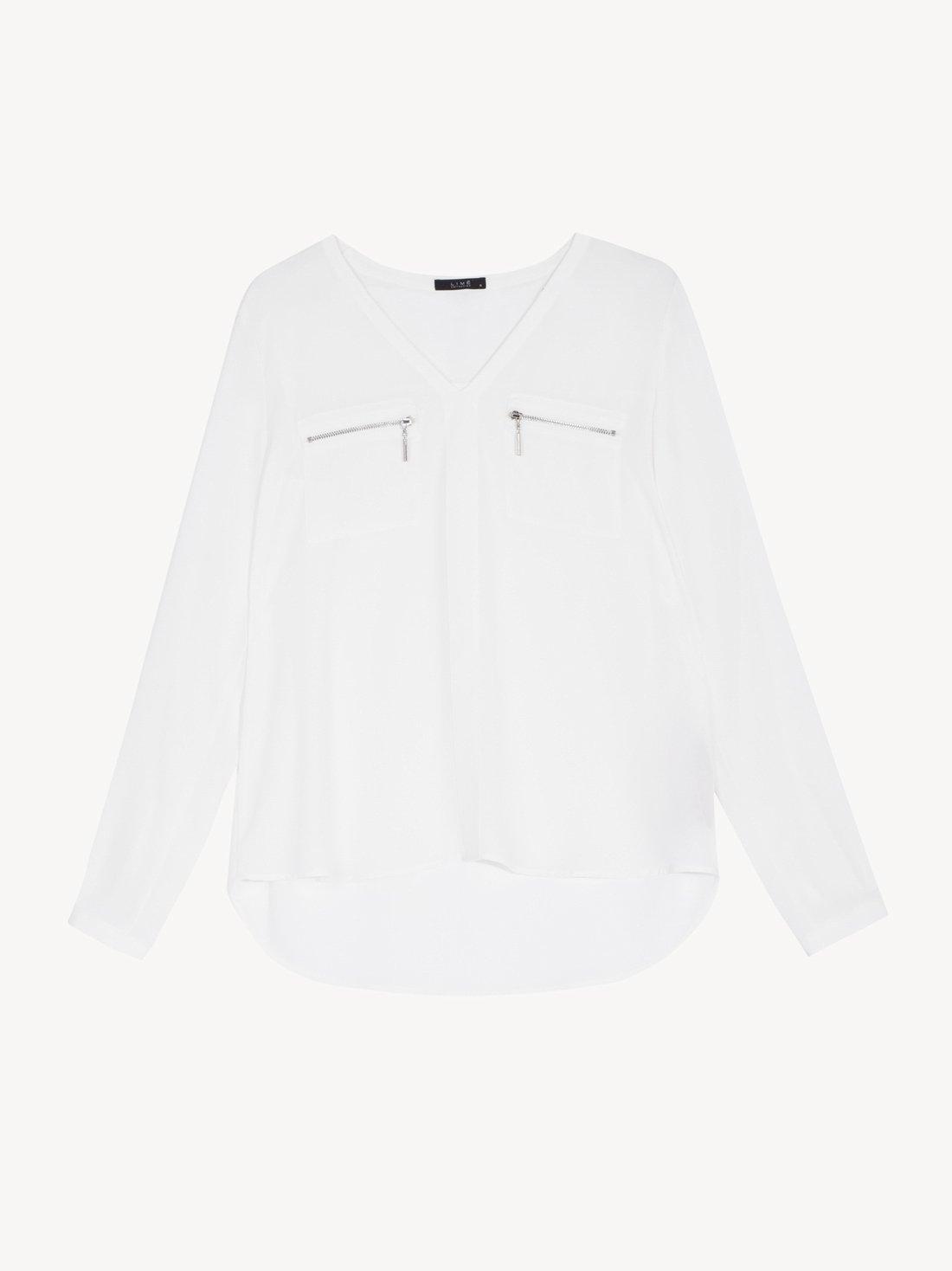 Блузка с нагрудными карманами