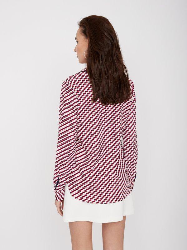Блузка с окантовкой  вид сзади