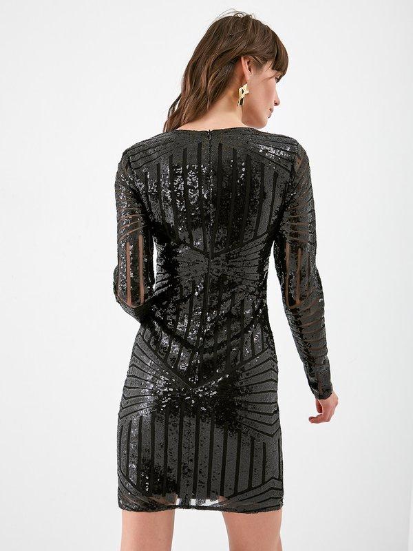 Платье из сетки с пайетками вид сзади