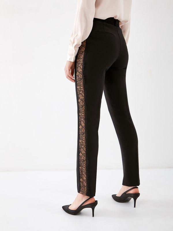 брюки вид сзади