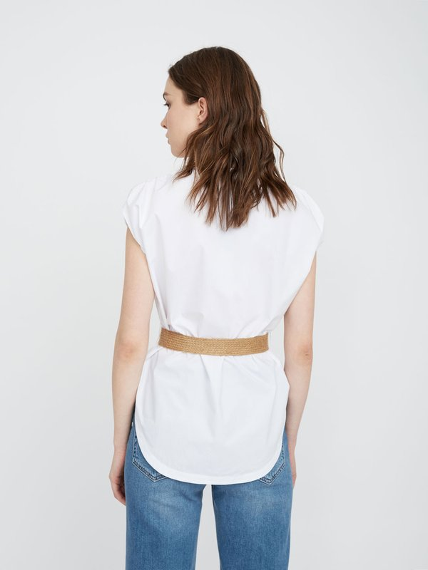 Рубашка из хлопка с поясом вид сзади
