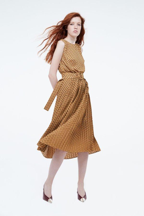 Платье с эластичной талией и поясом цвет: горчичный