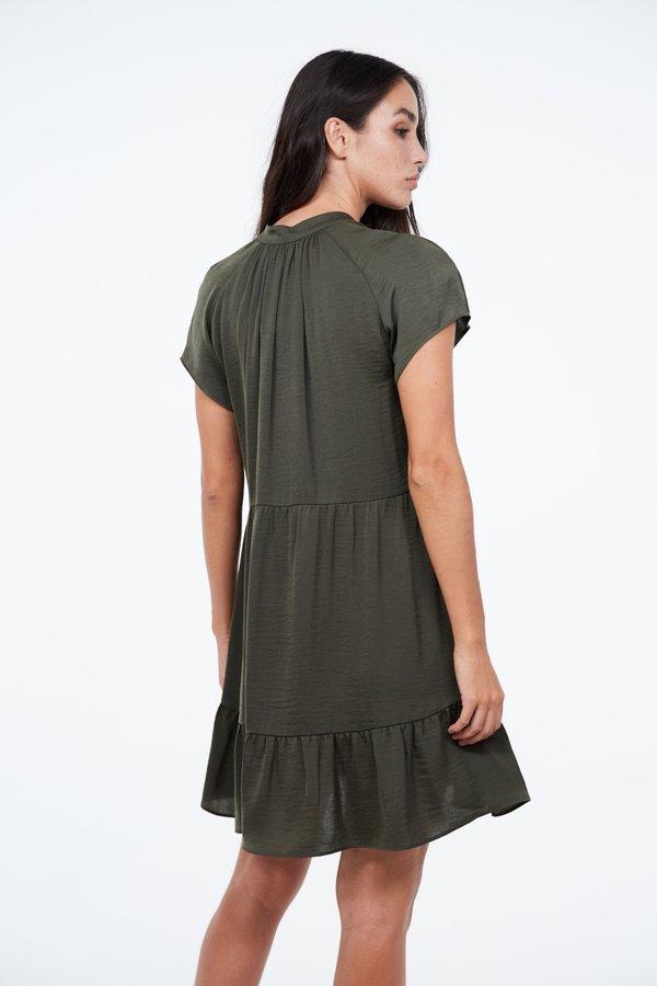 Платье с воланами на завязке вид сзади