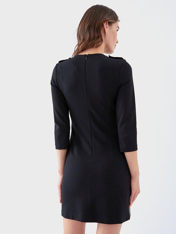 Комбинированное платье с карманами вид сзади