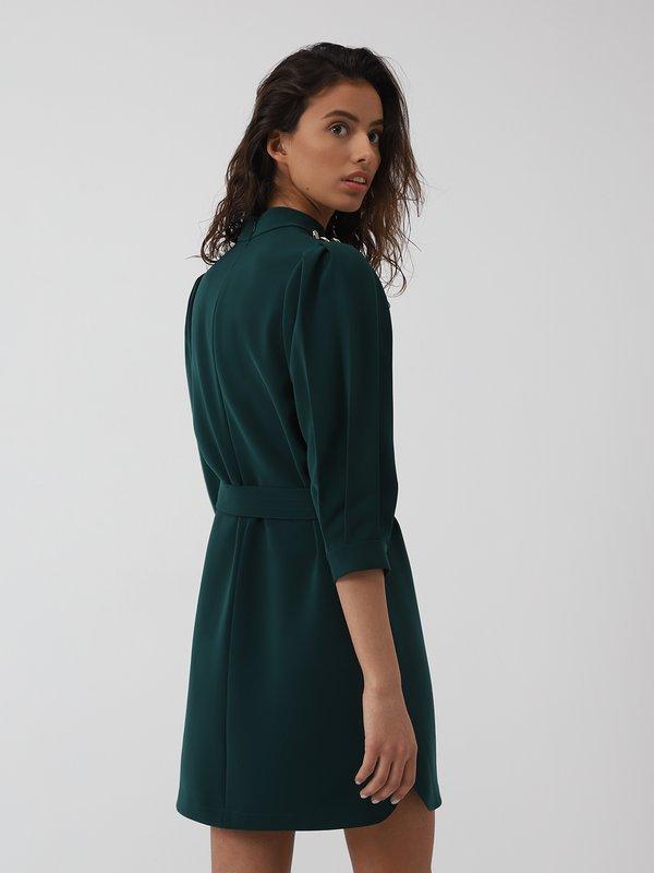Платье со складками на рукавах вид сзади