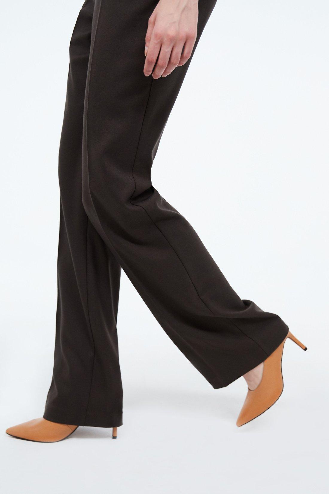 Расклешеные брюки
