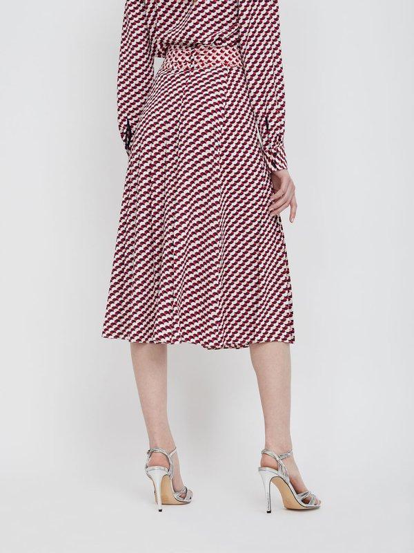 Плиссированная юбка с поясом вид сзади