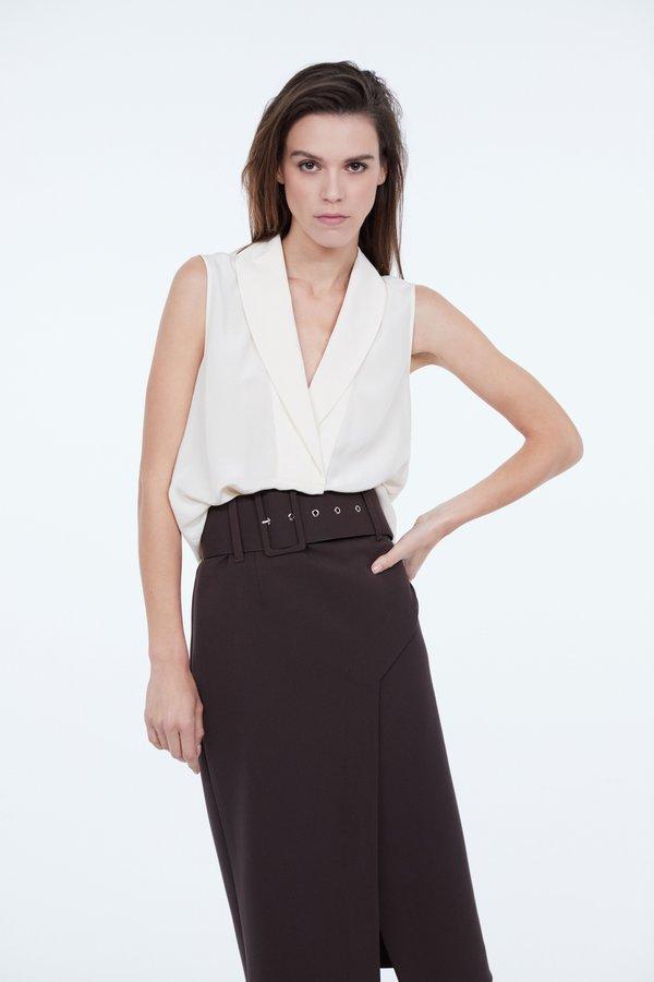 Блузка с широким отложным воротником