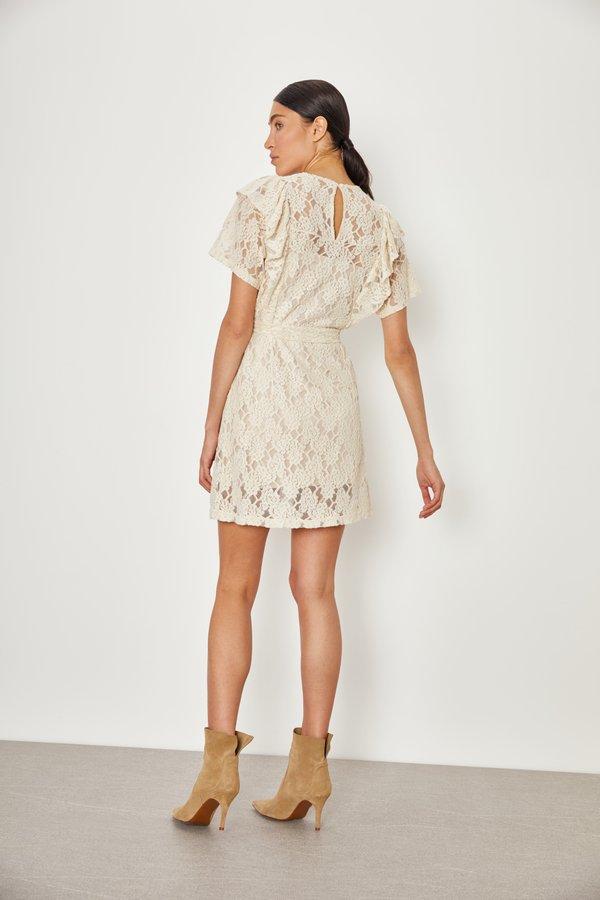 Кружевное платье вид сзади