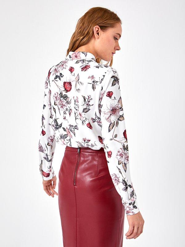 Блузка с растительным принтом  вид сзади