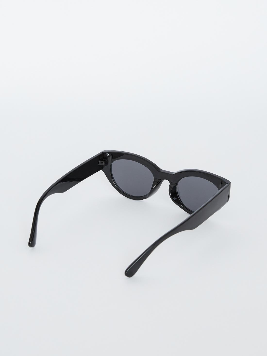 """Солнечные очки """"cat eye"""""""