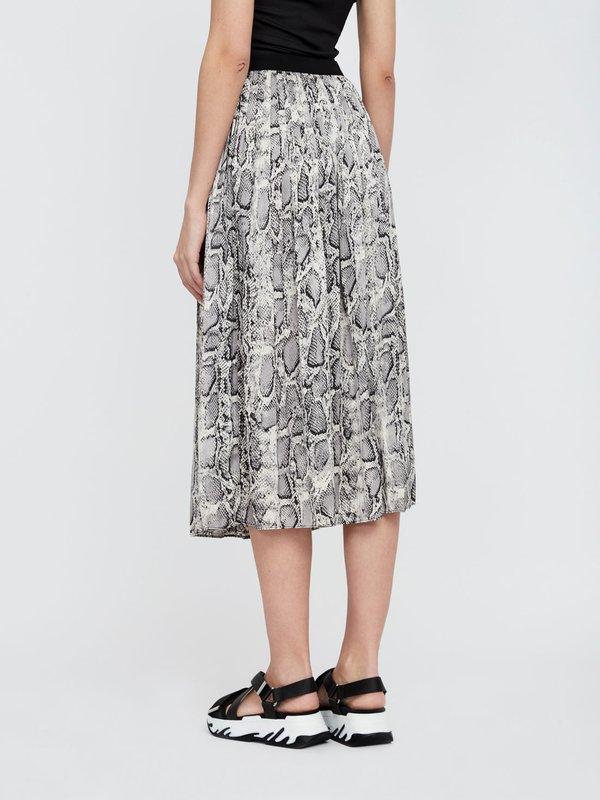 Плиссированная юбка-миди вид сзади