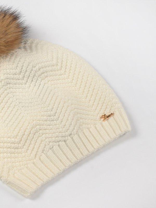 шапка вид сзади