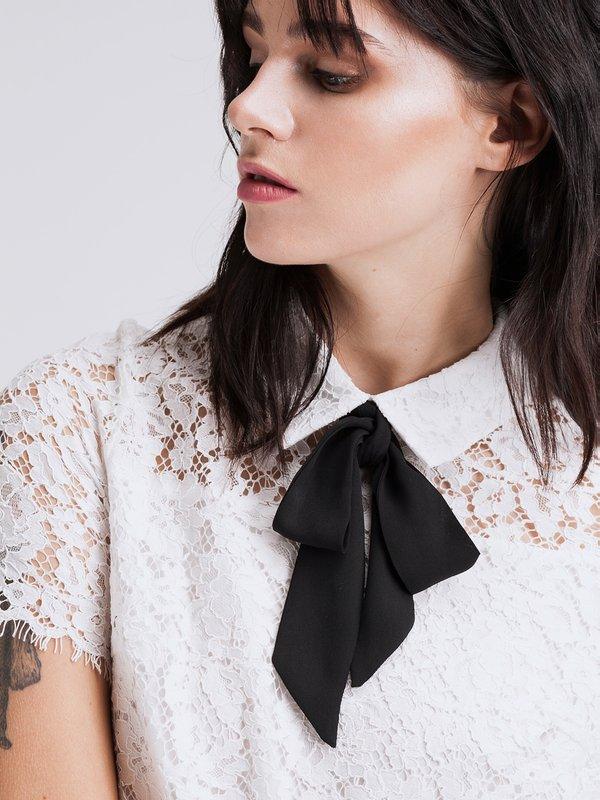 Кружевная рубашка вид сзади