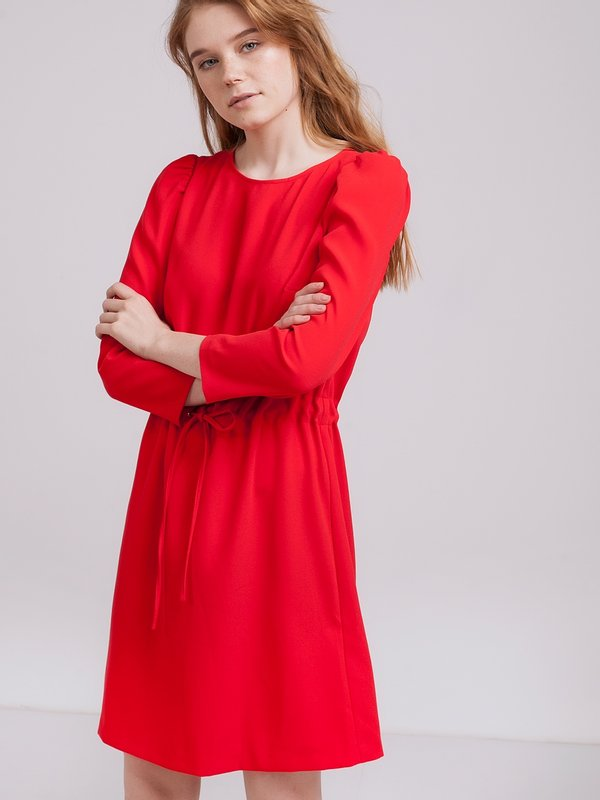 Платье с кулиской