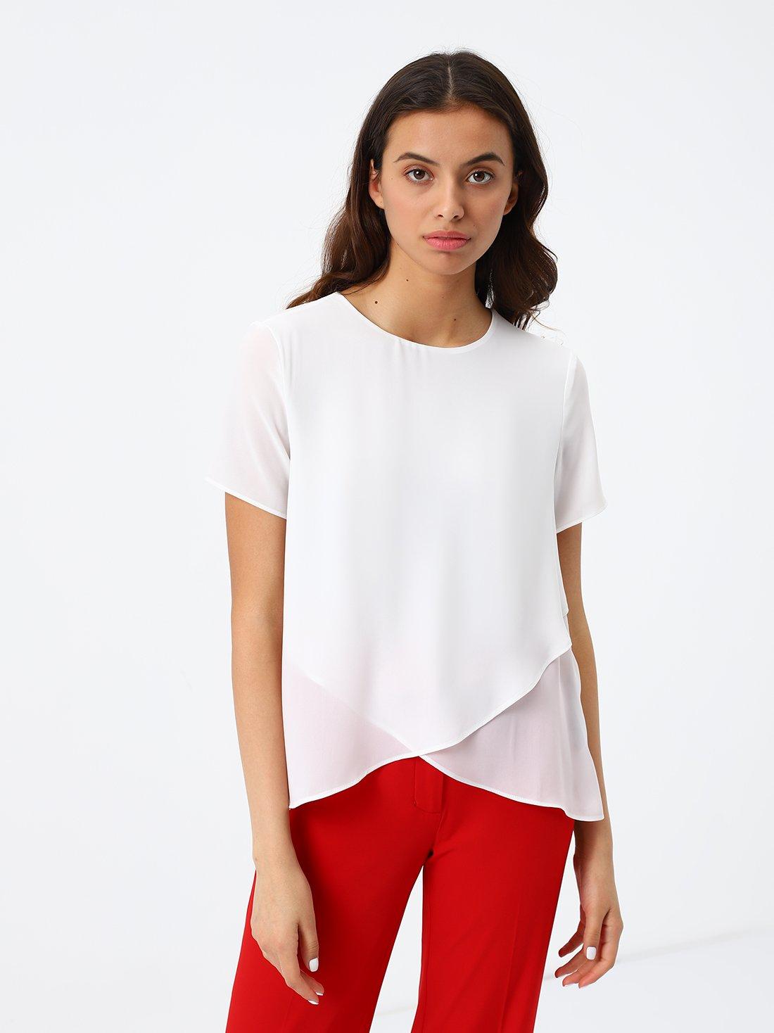 Блузка с асимметричной длиной