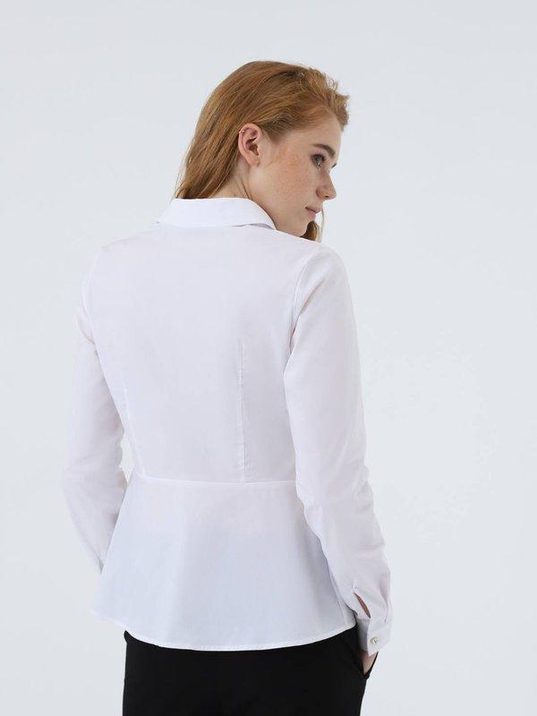 Классическая блузка  вид сзади