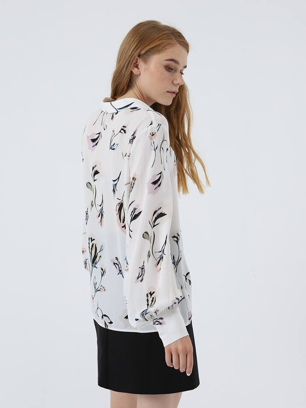 Рубашка с принтом вид сзади