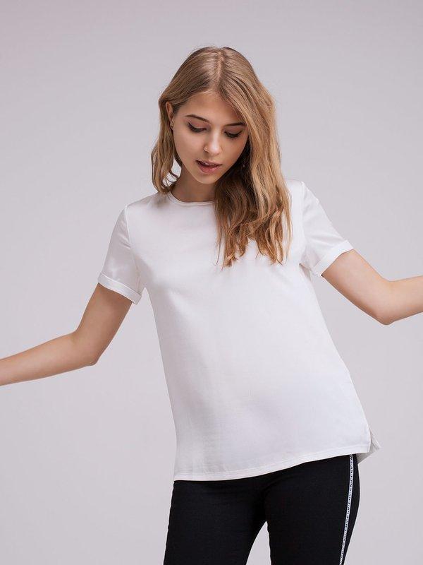 Атласная футболка