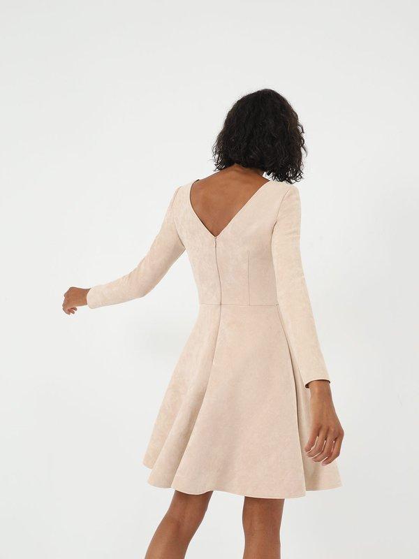 Платье с юбкой - клеш вид сзади