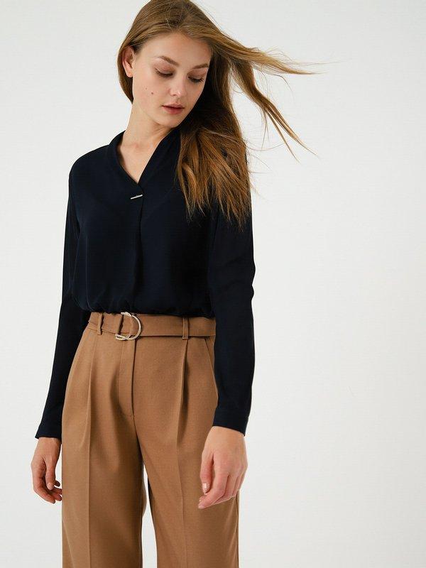 Блузка с V - образным вырезом цвет: темно-синий