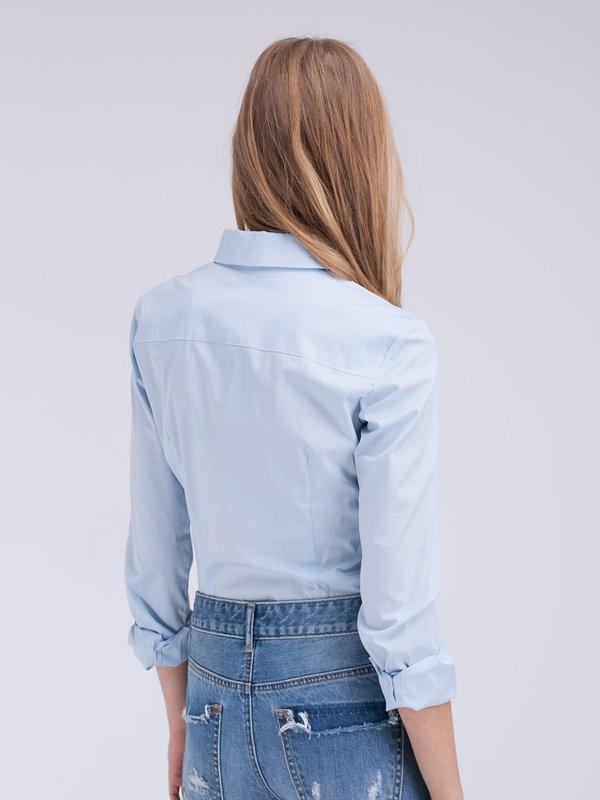 Классическая рубашка вид сзади